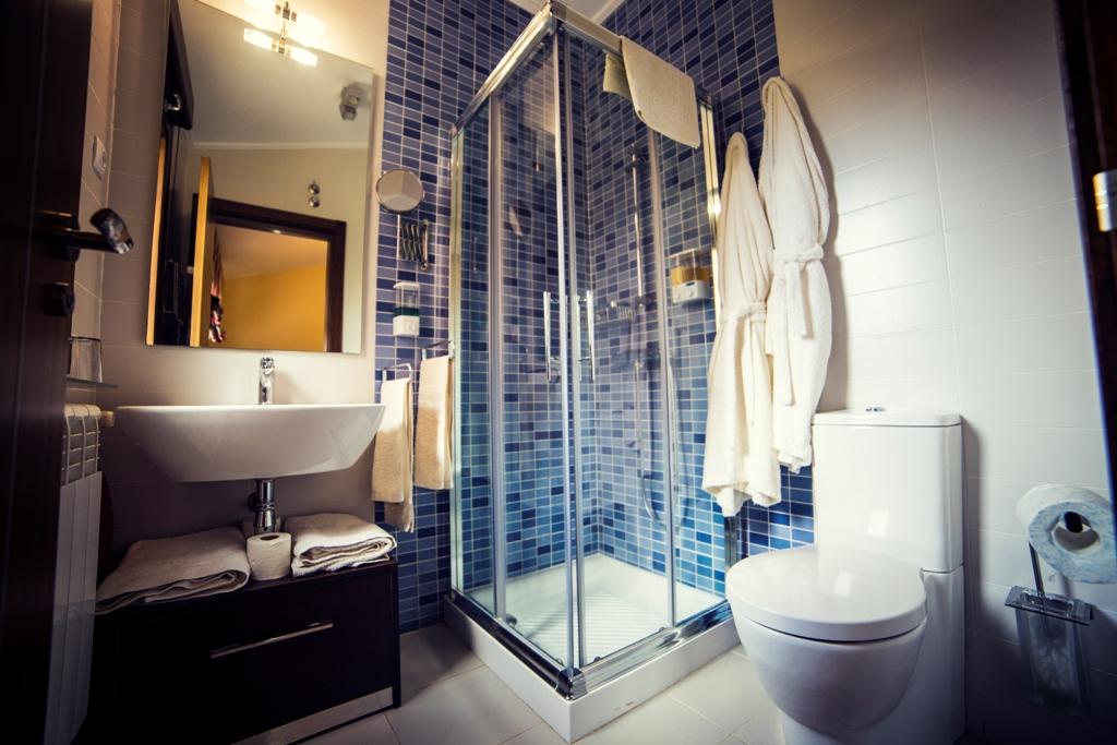 Dormitorios y ba os el mirador de la toba el mirador for Perchas toallas bano